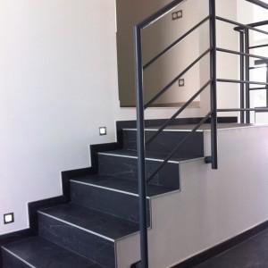 Interext-menuiserie-interieur-escalier-1
