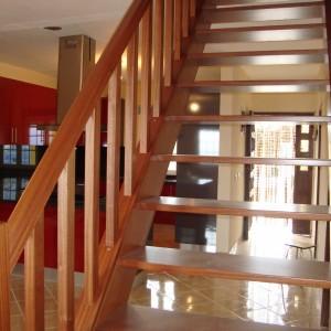 Interext-menuiserie-interieur-escalier-8