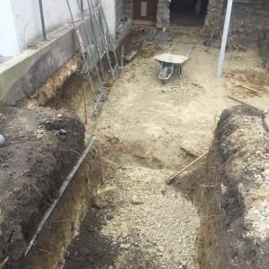 Terrassement pour mise en place d'une cuve de récupération des eaux pluviales
